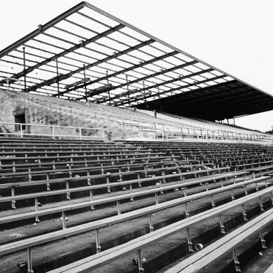 1970 THE GRANDSTANDS AT NASHVILLE GETS THE FIRST COLUMN FREE AND SELF SUPPORTING ROOF..(photo courtesy:Russ Thompson)!