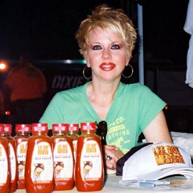 Tina Holtz
