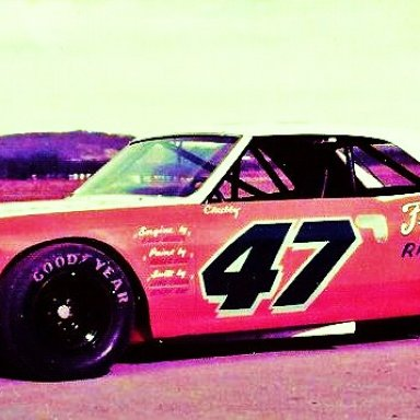PB CROWELL III..(CHUBBY CROWELL)...I ALWAYS THOUGHT THIS WAS A BEAUTIFUL RACECAR UNFORGETABLE COLOR SCHEME...MID70'S LMS