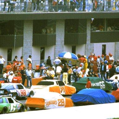 Miller American 400 starting grid   1986 @ Michigan