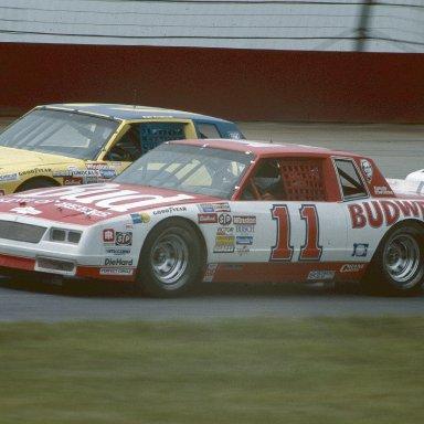 DarrellWaltrip1985Racecar