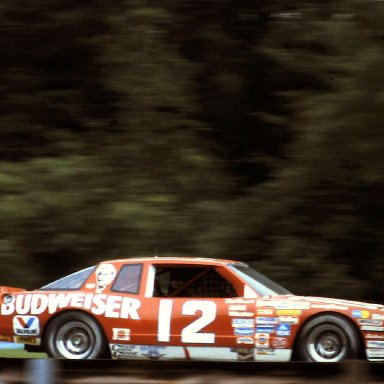 #12 Neil Bonnett 1986 The Budweiser at the Glen