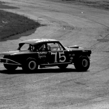# 75 Ronnie Yount