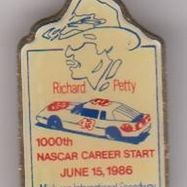 Richard Petty pin