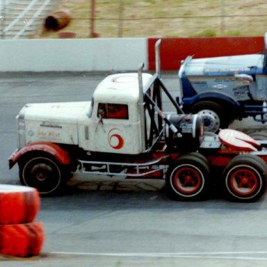 Road Tractor Racing