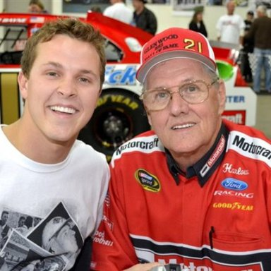 GP Photo----Trevor Bayne & Harlow