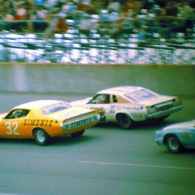 #32 Richard Brooks #72 Benny Parsons #98 Richie Panch 1974 Yankee 400 @ Michigan