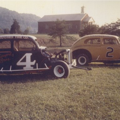 H.E. Vineyard and Curtis Crowes modifieds