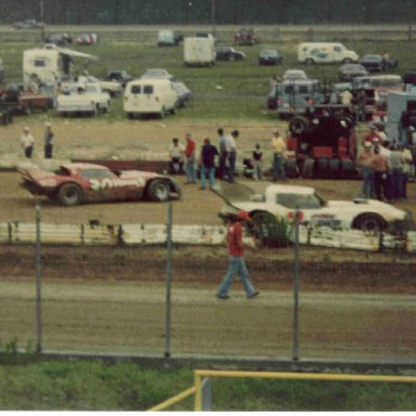 30 Earl Arnold & 2 Charles Powell III at Myrtle Beach SC dirt 1981