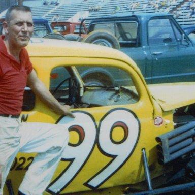Hal Hancock @ Knoxville Raceway,Melvin Corum collection