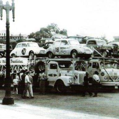 1960_Mil_Milha Brasileiras - Car Inspection