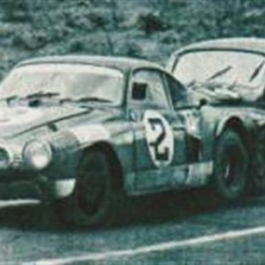 12 hs Interlagos -1967 - a Renault  4CV pushing a figerglass body KG equiped with a Porsche engine