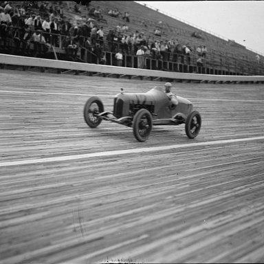 BW Speedway 10Jul1925 13943v