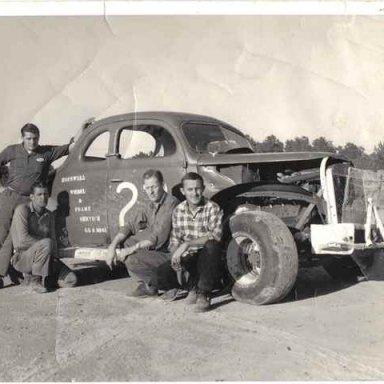 1964 Dinwiddie Speedway Point Champion.