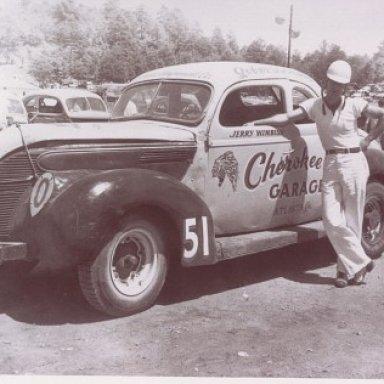 Jerry Wimbish driving for Cherokee Garage