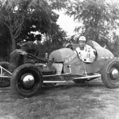 Joe-Bisacky-1948-Champ1-300x240