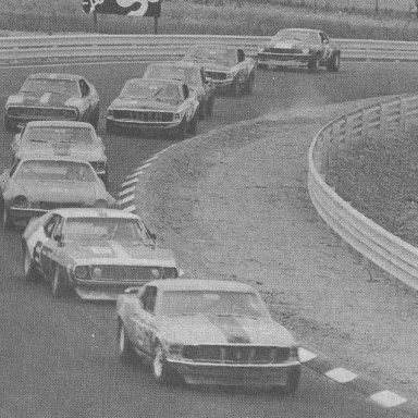 Watkins Glen 1971 Trans Am Serie first lap