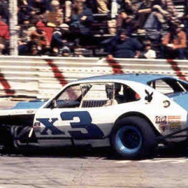 Hendrickson setting the track record at Islip in 2nd Pinto 1973