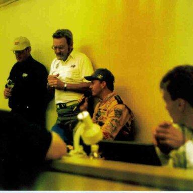 Jeff Burton Wins Richmond Busch 1998