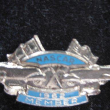 Nascar pin 1962