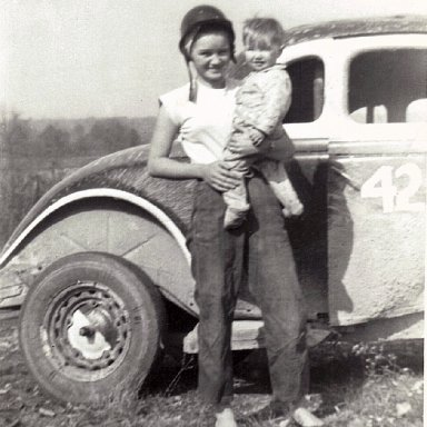 Mildred and Chuck Renshaw 1952