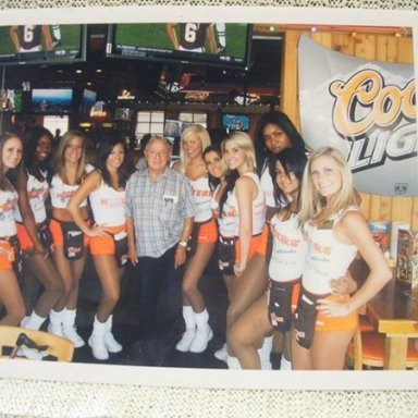 Rex White at Hooters