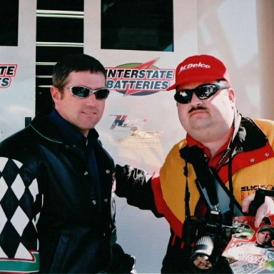 Tracy & Bobby Labonte 1047-2 Atlanta 3-01 c