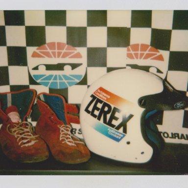 #7 ALAN  KULWICKI ZEREX RACE HELMET, RACE SHOES 04 001
