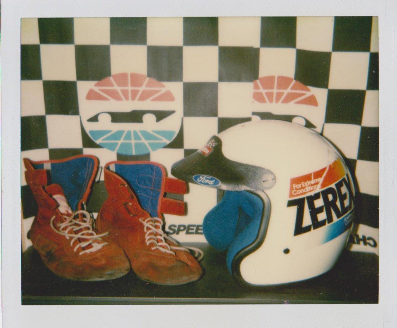 How To Put Antifreeze In Car >> #7 ALAN KULWICKI ZEREX RACE HELMET, RACE SHOES 04 004