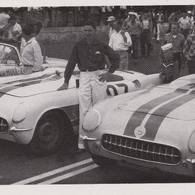 1950'S T- BIRD AND CORVETTES RACING AT MARTINSVILLE SPEEDWAY 500 - 00