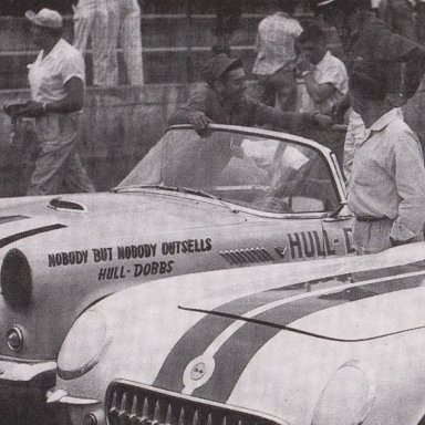 1950'S T- BIRD AND CORVETTES RACING AT MARTINSVILLE SPEEDWAY 500 - 01