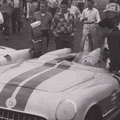 1950'S T- BIRD AND CORVETTES RACING AT MARTINSVILLE SPEEDWAY 500 - 03