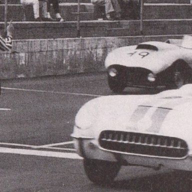 1950'S CORVETTES AND T-BIRDS RACING AT MARTINSVILLE SPEEDWAY 500 - 03