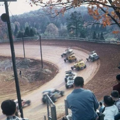 Buck Simmons leads at Kingsport, Fall 1966