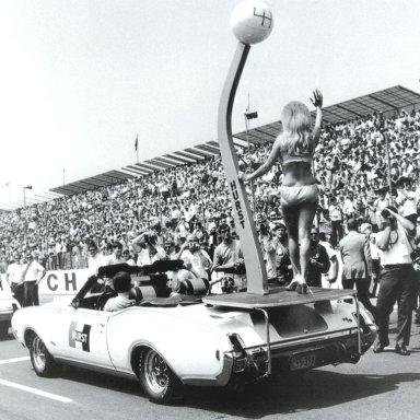 1969_Hurst-Oldsmobile_Cutlass_455_Conver1