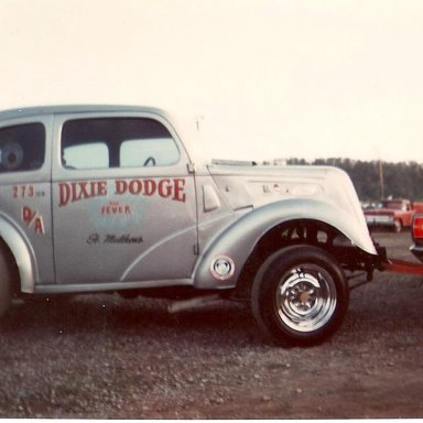 Dixie Dodge Anglia at Ohio Valley Raceway -early 70's.  Slayton and Ford.  Photo by Jim Porter