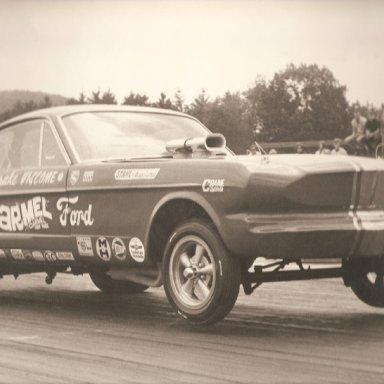 Vindicator-Mustang Funny Car 1965-67 Long Nose Holman Moody2