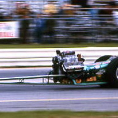 FRONT_ENGINE_DRAGSTER_AT_70