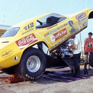 SNAKES_CARE_FREE_CAR_73_INDY