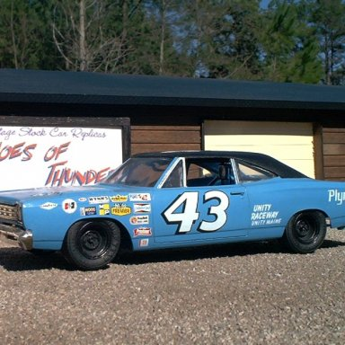 Petty's '68 Road Runner in 1/25 scale