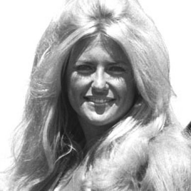 Linda V