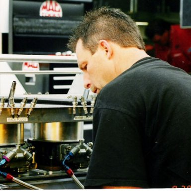GREG_ANDERSON_WORKING_IN_PIT