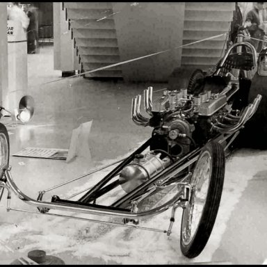 Lee's Perfect Nailhead dragster