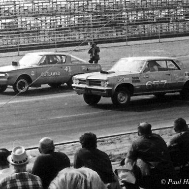 Petty 43 Jr. vs Gay Pontiac- 65 AHRA Winter Nats,  Beeline
