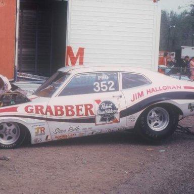 Jim Halloran 1975 pit  photo by Todd Wingerter