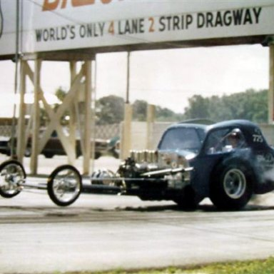 Fiat Comp Car dragway 42  photo by Todd Wingerter