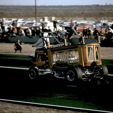 Hal Drives BootHill Beeline1968