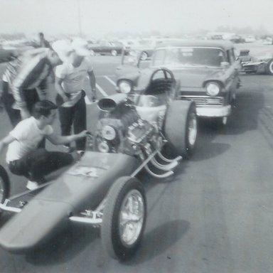 "Ernie's Camera ""Shudder Bug"" at 1963 Winternationals"