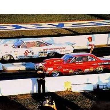 Dyno Don, in his Pro Mod 1962 BelAir v Daddy Warbucks
