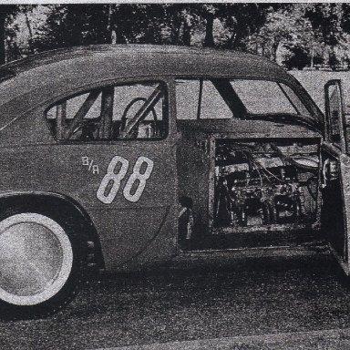 Wayne Arteaga-1958-unique engine location